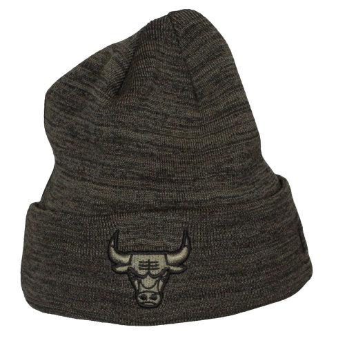 922b60adac3 New Era Engineered Fit Cuff Knit Beanie ~ Chicago Bulls