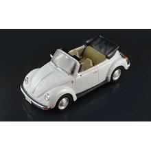 VW BEETLE CABRIO - CLASSIC CARS 1:24 MODEL - ITALERI 3709