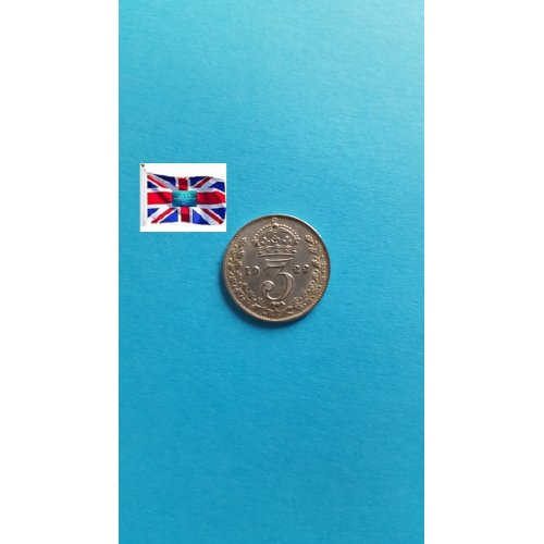 """Great Britain 1922 """"3 Pence - George V 2nd issue; incl. Maundy"""